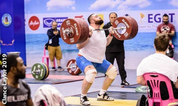 Lasha PRactice High Intensity Clean and Jerk close to Competition